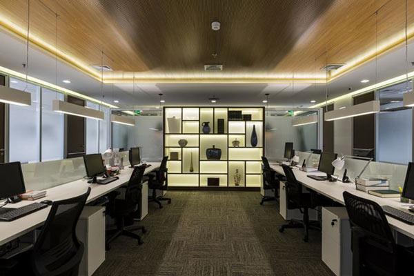 Bộ đèn lắp trần chiếu sáng văn phòng